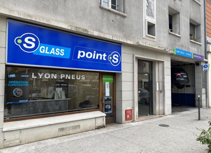 LYON PNEUS_0